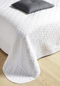 Salg af flotte og store sengetæpper | fjerrenseriet.dk